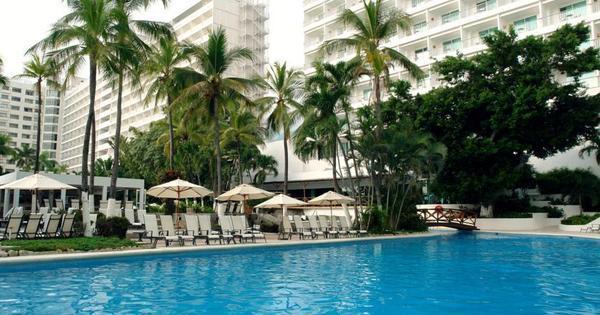 Isso, isso, isso! São Paulo se hospeda em famoso hotel do Chaves ...