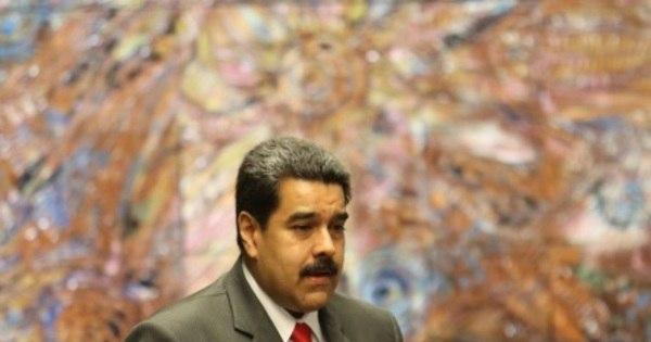 Venezuelanos protestam nas ruas por falta de produtos básicos em ...