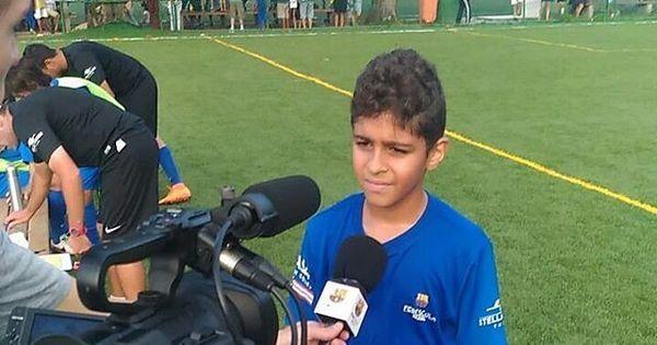 Filho de Adriano paparica Neymar e treina em escolinha do Barcelona