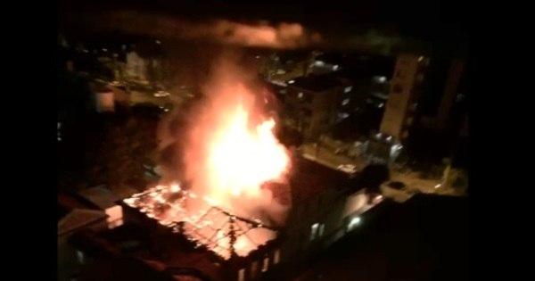 Incêndio atinge prédio anexo da Santa Casa de BH - Notícias - R7 ...