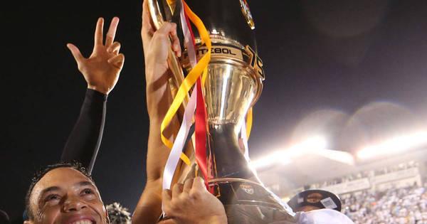 Veja as melhores imagens do título do Santos - Fotos - R7 Futebol