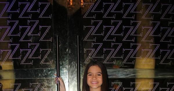 Mel Maia usa três looks em festa de aniversário - Fotos - R7 ...