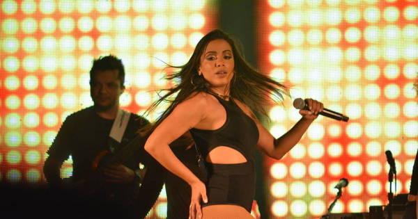 Anitta defende fã que invadiu o palco durante show em Recife ...