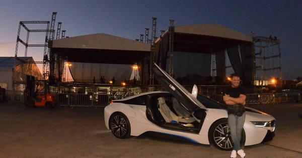 Eduardo Costa exibe carro luxuoso avaliado em quase R$ 1 milhão ...