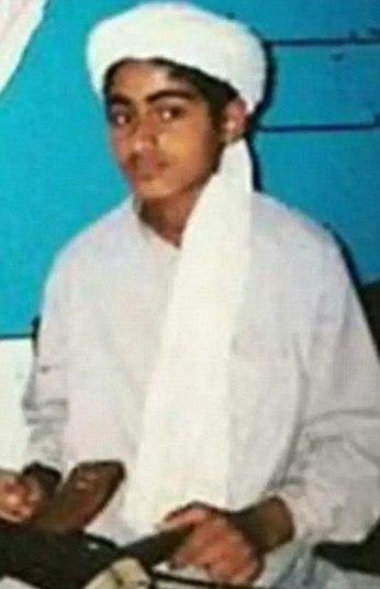 O nome Bin Laden continua causando arrepios em muitos norte-americanos que ainda se lembram claramente do dia em que o chefe da Al Qaeda comandou suas forças terroristas no ataque que destruiu as Torres Gêmeas de Nova York, em 11 de setembro de 2001.Mesmo com o líder morto, o filho do saudita, Hamza Bin Laden, parece estar se preparando para assumir o cargo do falecido pai