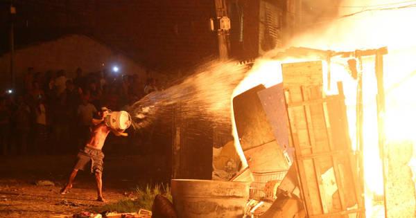 Incêndio devasta comunidade no Recife - Fotos - R7 Cidades