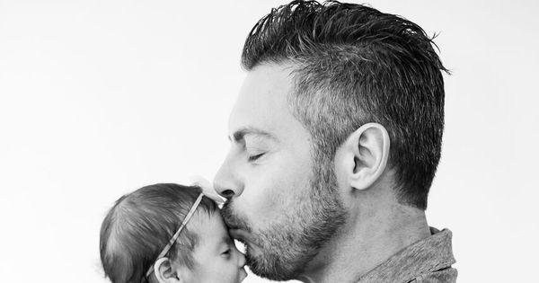 Luigi Baricelli faz ensaio fofo com a neta Helena - Fotos - R7 ...