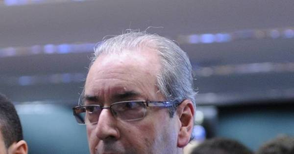 Relatório sobre quebra de decoro de Cunha será entregue nesta terça