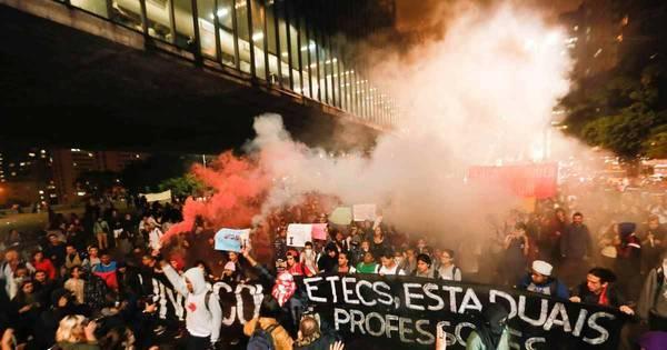Abert condena agressão a jornalistas pela PM - Notícias - R7 São ...