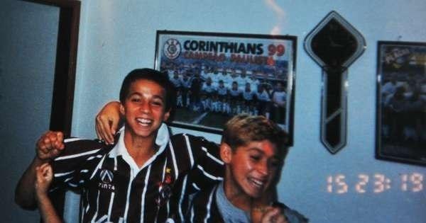 O corintiano Leandro Damião seria um bom reforço para o Timão ...