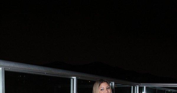 Mulher Filé empina bumbum no lançamento de clipe - Fotos - R7 ...
