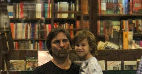 Filho de Murilo Rosa impressiona pela semelhança com o pai ...