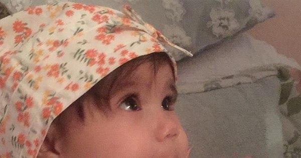 Deborah Secco posta foto fofa e se declara para filha ...