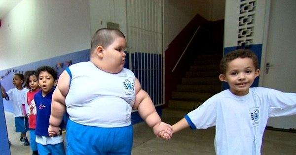 Câmera Record encontra a criança de cinco anos que virou ...