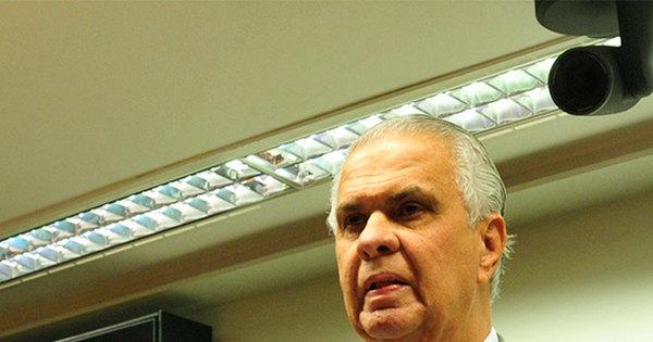Pedido de prisão de Cunha deve fazer deputados repensarem voto ...