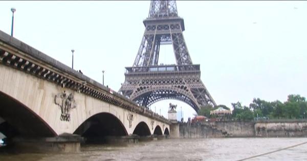 Sena transborda e enchentes alteram cartões-postais de Paris ...