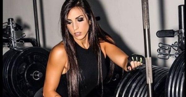 Conheça a musa fitness que é responsável pelo corpão de diversas ...