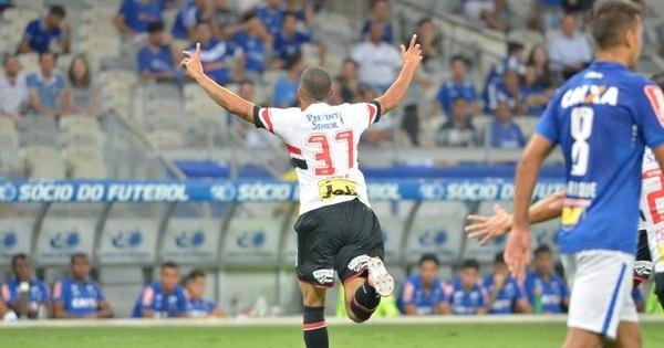 Com gol de estreante, São Paulo vence Cruzeiro pelo Brasileirão ...