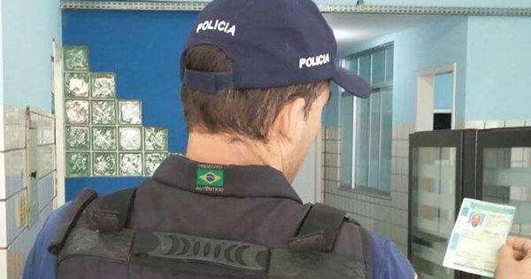 Idoso é preso com CNH falsa no extremo sul da Bahia - Notícias ...