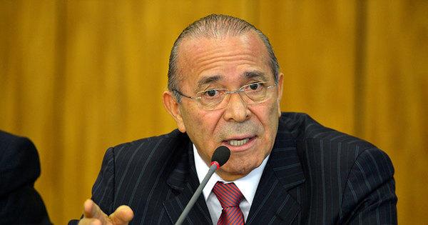Chefe da Casa Civil de Temer diz que denúncia contra ministro do ...