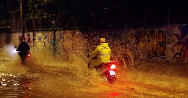 Madrugada em São Paulo é marcada por fortes chuvas e ...