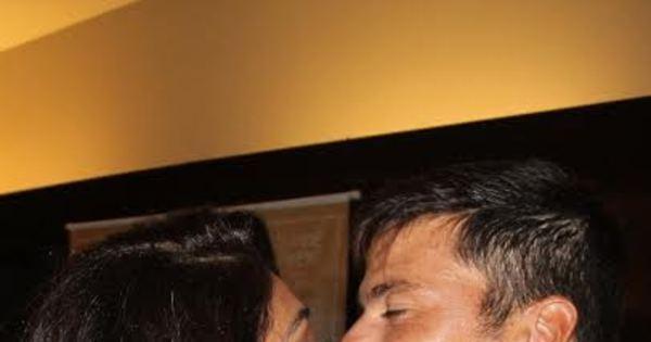 Juliana Paes ganha carinho do marido e mostra novo visual em pré ...