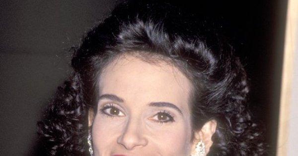 Morre atriz Theresa Saldana, de Touro Indomável - Entretenimento ...