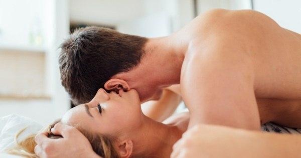 Brasileiros fazem sexo, em média, 3 vezes por semana, diz pesquisa
