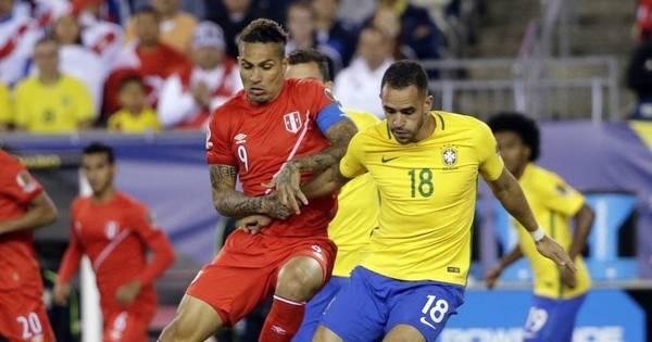 Derrota para o Peru elimina o Brasil ainda na primeira fase da Copa ...
