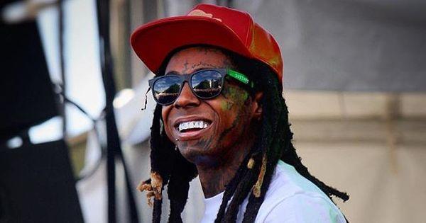 Lil Wayne sofre convulsão durante voo e aeronave faz pouso de ...