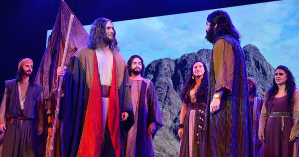 Os Dez Mandamentos — O Musical exibe primeiras cenas em ...