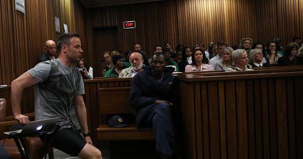 Pistorius chora ao ser obrigado a tirar próteses para recriar noite em ...