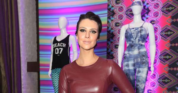 Camila Rodrigues marca presença em lançamento de coleção fitness