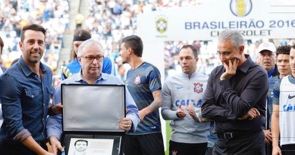 Tite se cala sobre seleção em adeus ao Corinthians - Esportes - R7 ...