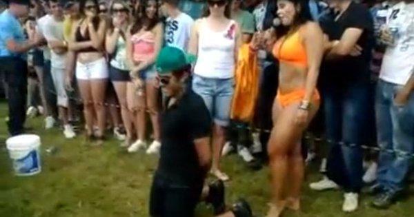 Dancinha sensual causa barraco entre casal em público e ...