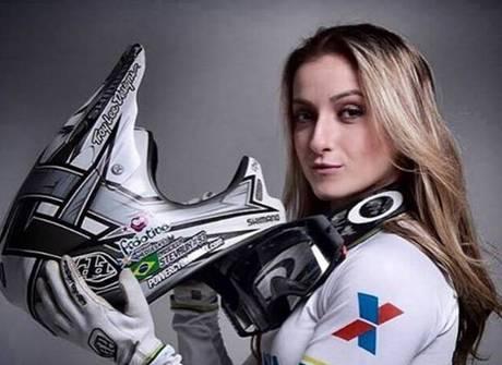 Saiba quem é a musa do BMX que vai conquistar toda a Rio 2016