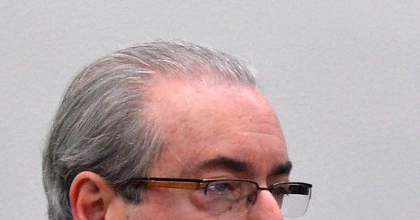 Renúncia de Cunha é manobra para evitar cassação, avaliam ...