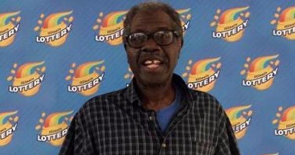 Incrível! Homem fatura milhões ao ganhar pela 2ª vez na loteria com ...