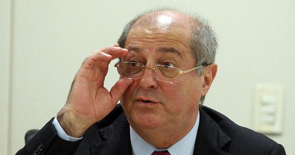Ex- ministro Paulo Bernardo é preso pela Polícia Federal em Brasília ...
