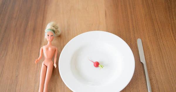 """""""Tive anorexia aos 12 anos. Fazia de tudo para evitar a comida ..."""