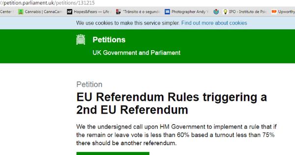 Milhares de britânicos pedem segundo referendo na Grã-Bretanha ...