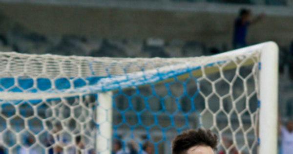 Cruzeiro bate líder Palmeiras e vence a primeira em casa do ...