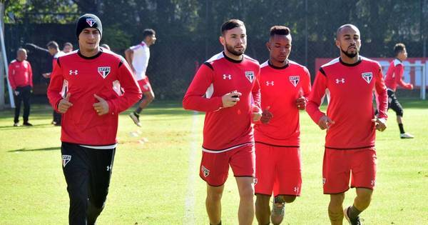 Mena e Wesley podem reforçar São Paulo na Libertadores ...