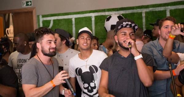 Neymar e Anitta curtem festa no Rio de Janeiro - Fotos - R7 ...