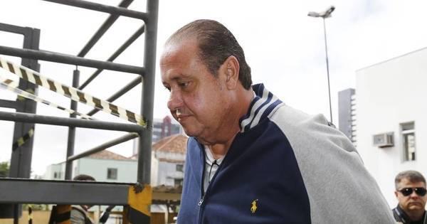 Condenado no mensalão, ex-tesoureiro do PP vira réu na Lava Jato ...