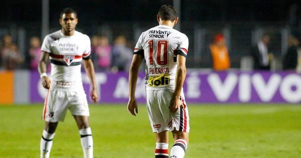 Estiramento na coxa tira Ganso do São Paulo por tempo ...