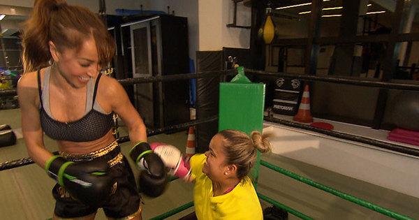 Para perder 20 kg, Juliana enfrenta Sabrina Sato no ringue. Será ...