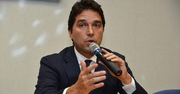 Ex-vice-presidente da Caixa assinou carta de renúncia para garantir ...