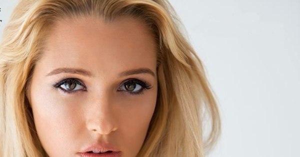 Australiana que teve seis filhos vira modelo de lingerie aos 30 anos ...