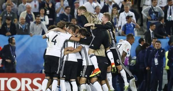 No duelo dos titãs, quem se deu melhor foi a Alemanha. Os atuais ...
